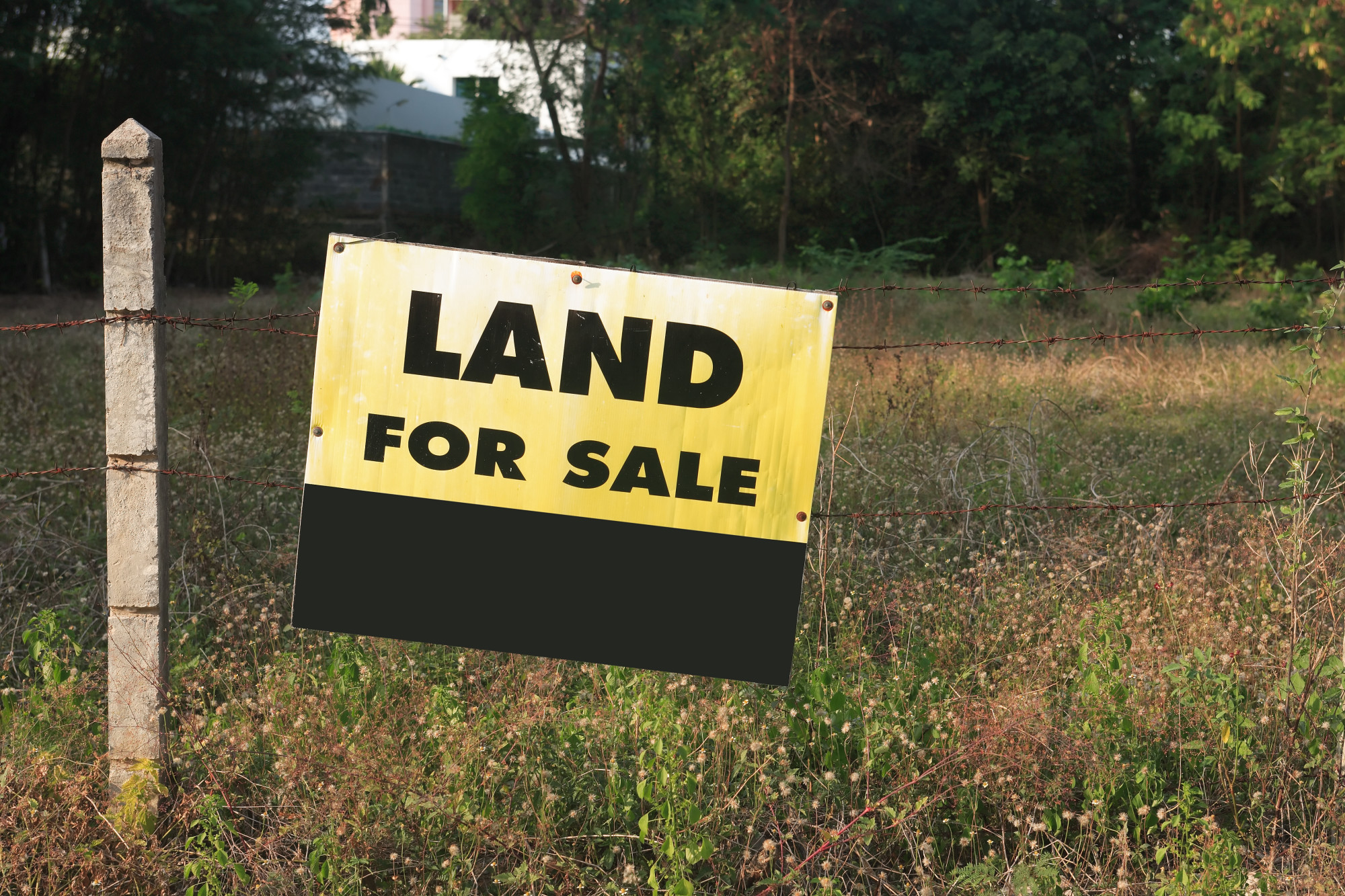 buying and selling land